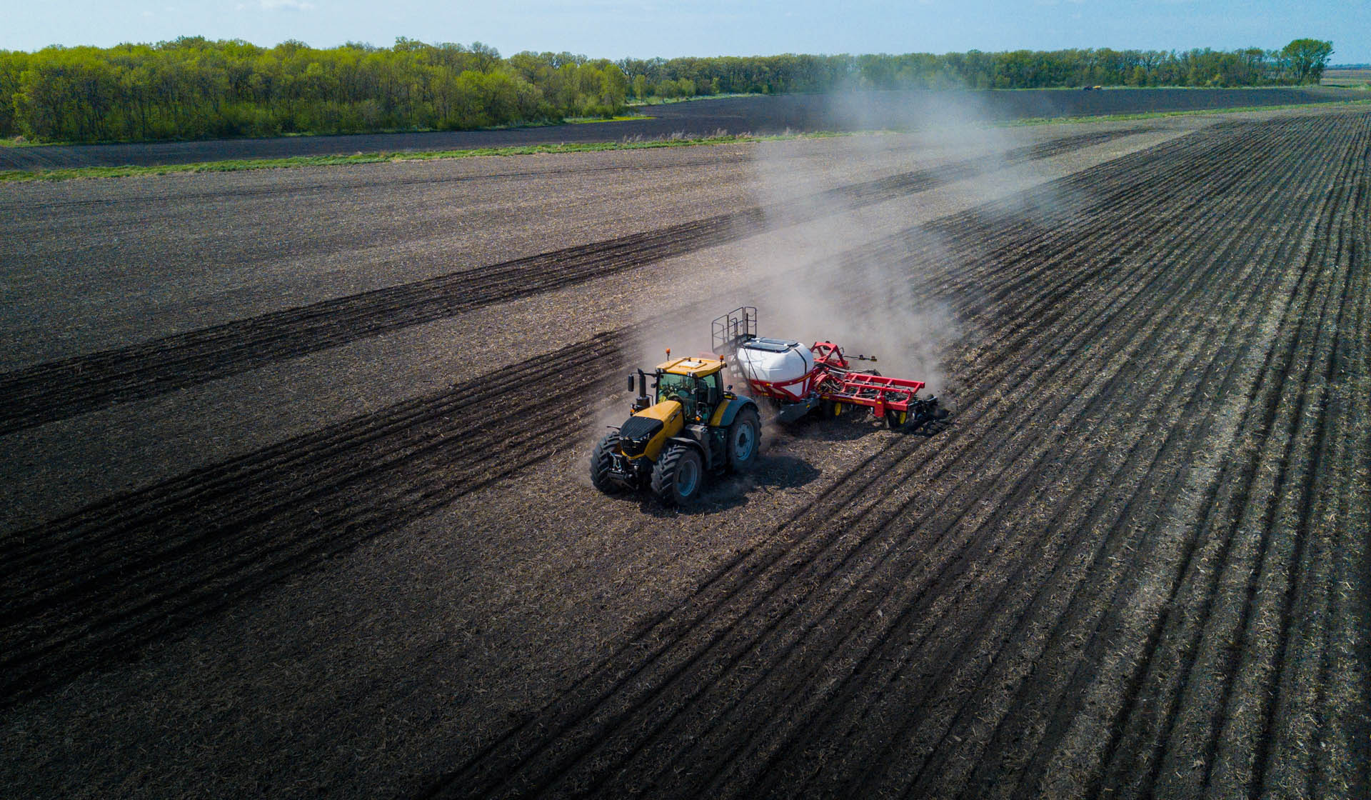 Planting a Field with the Sunflower 9830NT High-speed Air Drill